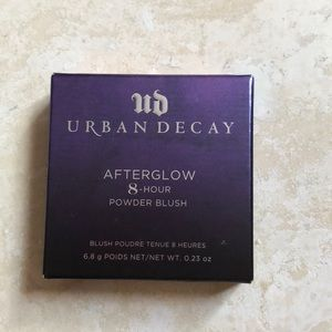 Urban decay afterglow 8-hour powder blush.